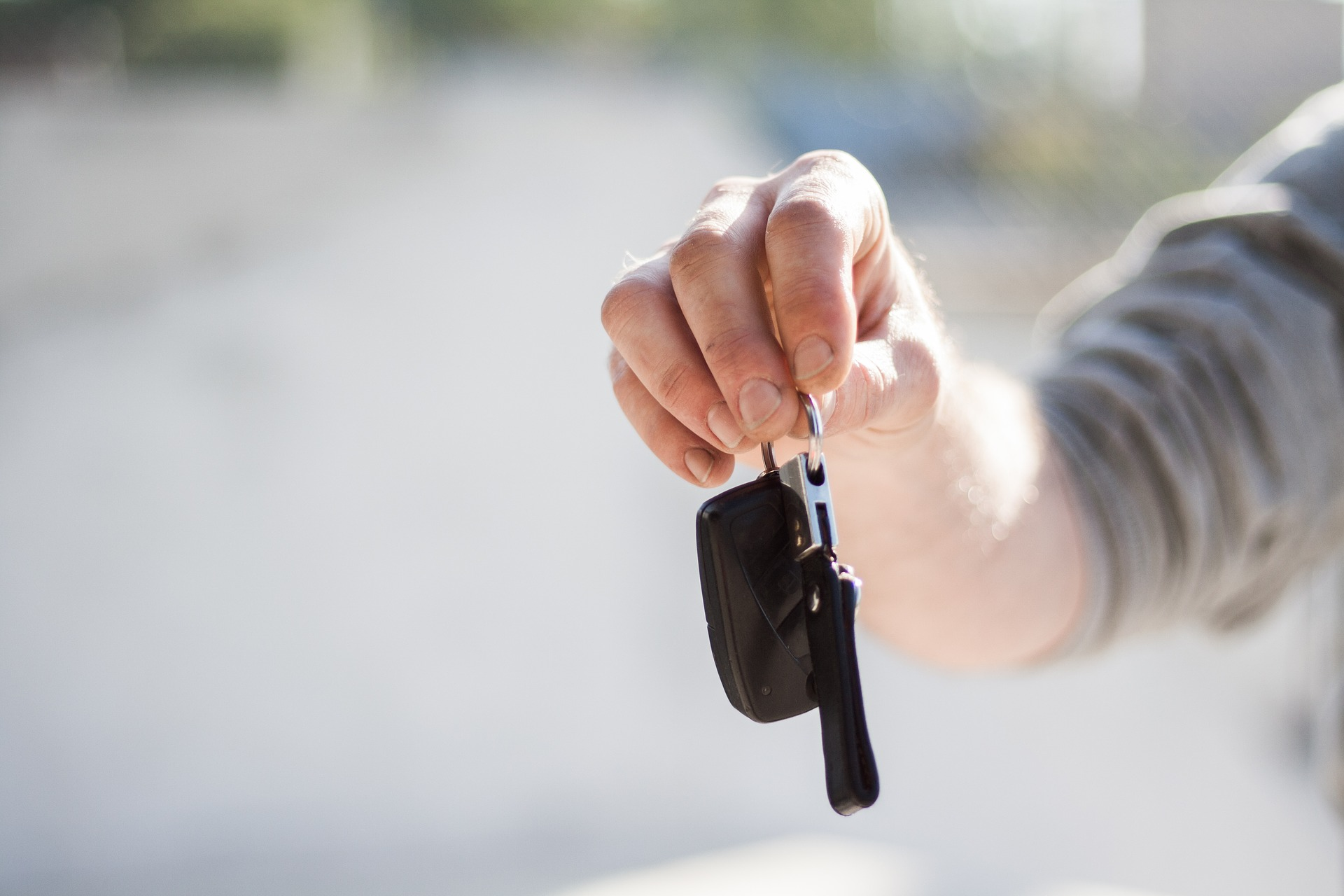 Why choose Mirolocks – Mobile Auto Locksmith South London to get replacement car keys?